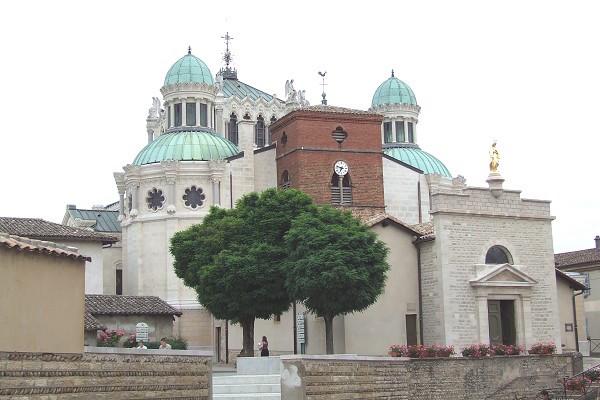 basilica di ars sur formans