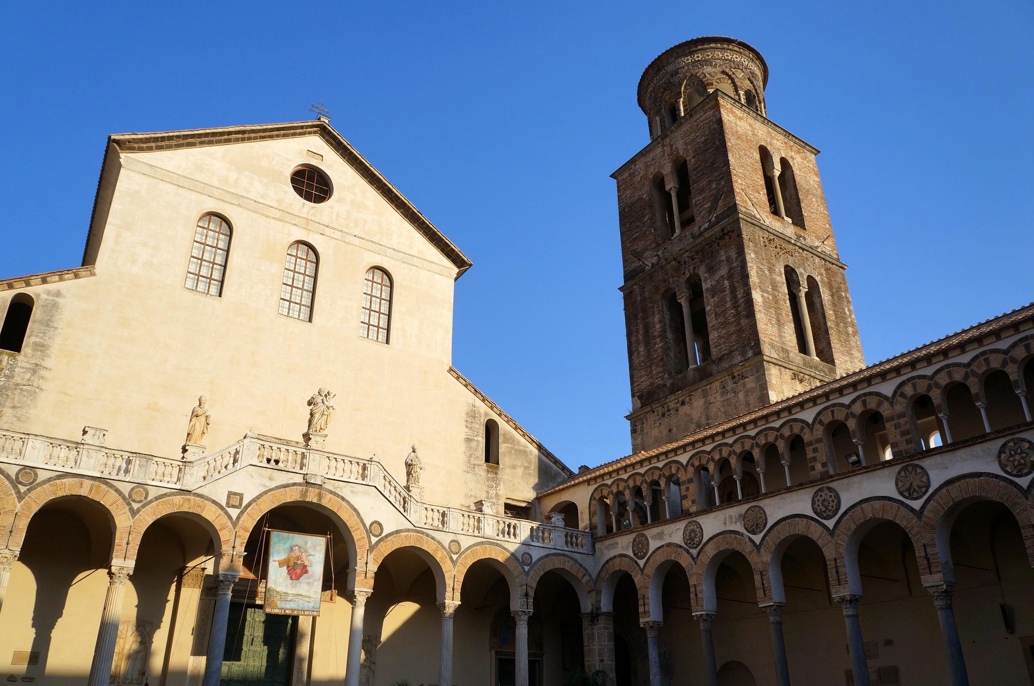Turismo religioso in Campania Duomo e Campanile di Salerno